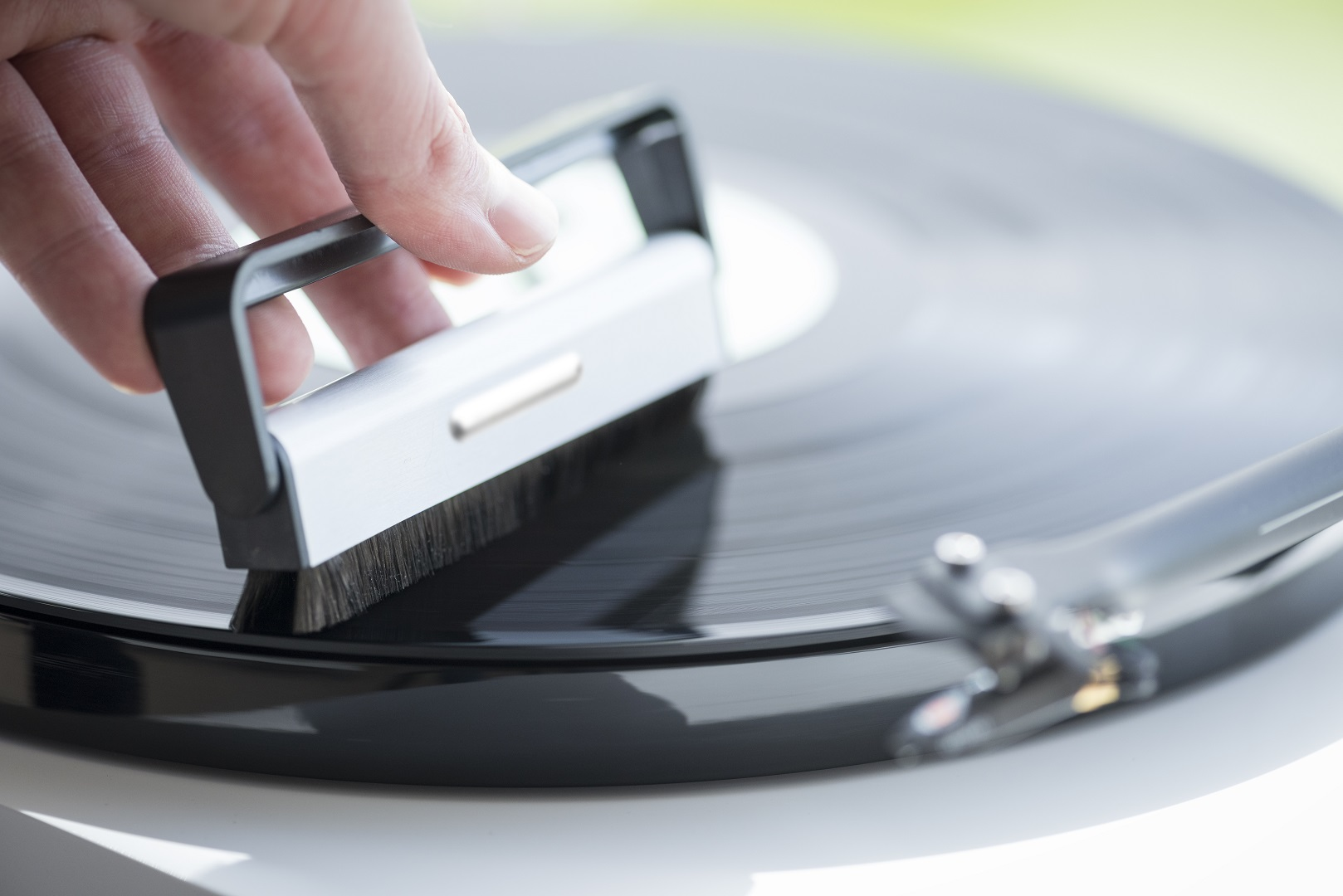 Brush it – Pro-Ject Audio Systems